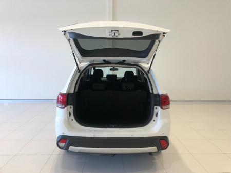 2017 Mitsubishi Outlander ZK LS 2wd 7 seat wagn