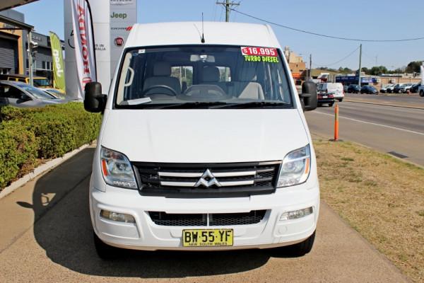 2012 LDV V80 SH-57-A Cargo Van Image 3