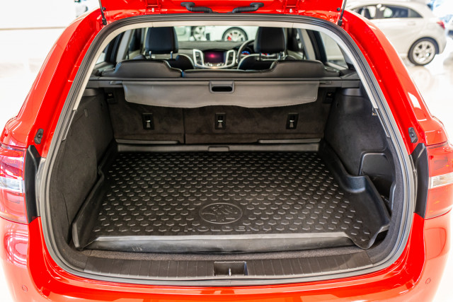 2017 Holden Commodore Wagon Image 26