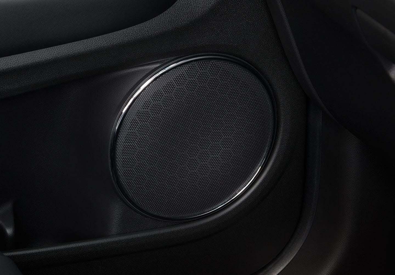 HR-V Six-Speaker Audio System