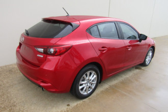 2017 Mazda 3 BN5478 NEO Hatchback Image 3