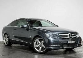 Mercedes-Benz C250 BlueEFFICIENCY 7G-Tronic + C204