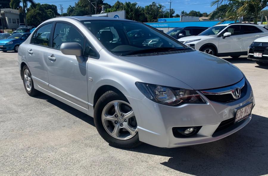 2010 Honda Civic 8th Gen  VTi Sedan Image 1