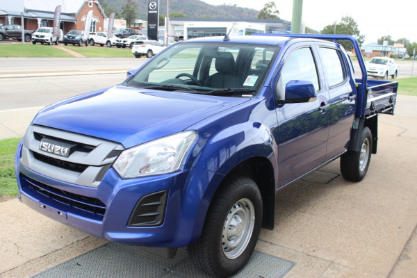 2019 Isuzu UTE D-MAX SX Crew Cab Chassis 4x4 Double cab/chassis Image 3
