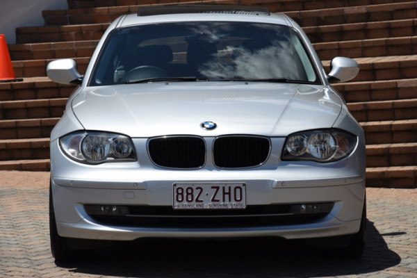 2010 BMW 1 Series E87 MY10 123d Hatchback Image 2