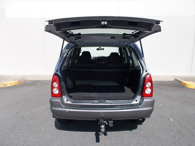 2005 MY04 Mazda Tribute Classic Wagon