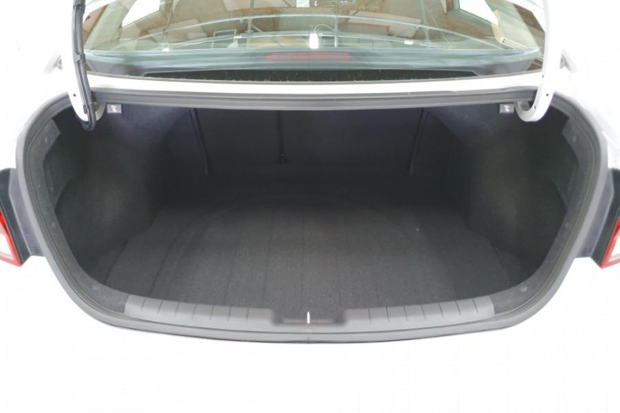 2018 MY19 Hyundai Elantra AD.2 Active Sedan Image 22