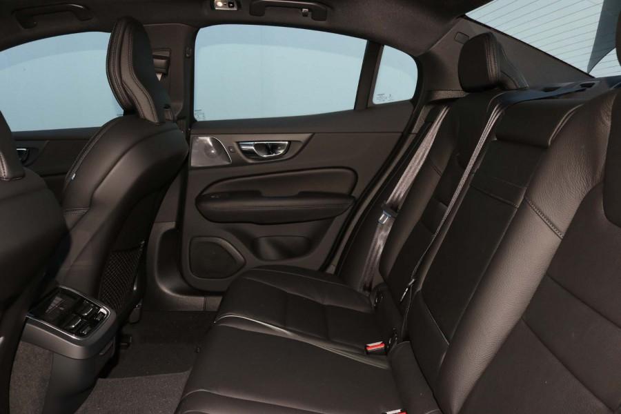 2020 Volvo S60 Z Series T5 R-Design Sedan Image 7
