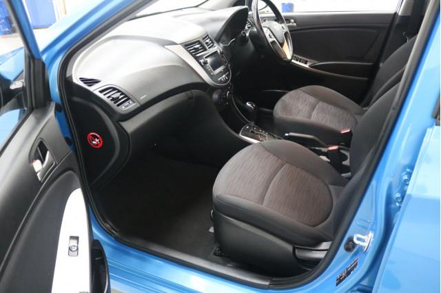 2018 Hyundai Accent RB6 MY18 SPORT Hatchback Image 5