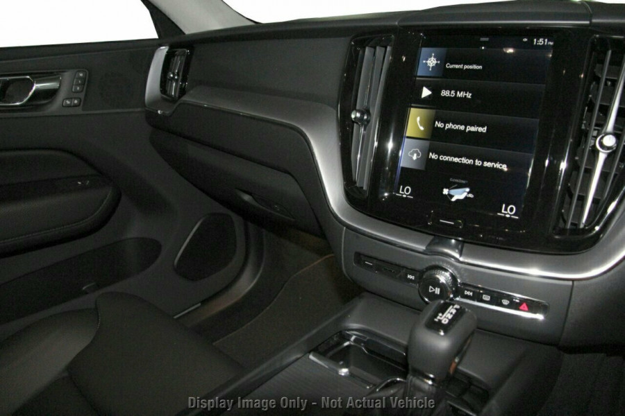 2019 MY20 Volvo XC60 UZ D4 Momentum Suv Image 10