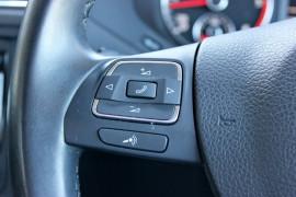 2012 MY13 Volkswagen Jetta 1B  103TDI 103TDI - Comfortline Sedan Mobile Image 18