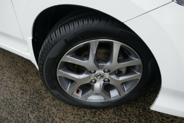 2009 Honda City GM  VTi-L Sedan Image 3