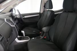 2020 MY19 Isuzu UTE D-MAX LS-U Crew Cab Ute 4x4 Utility Image 3