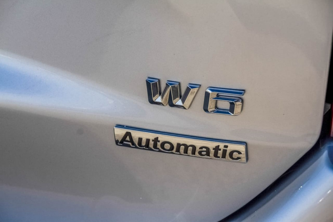 2020 MY19 Mahindra XUV500 W6 FWD Suv Image 12