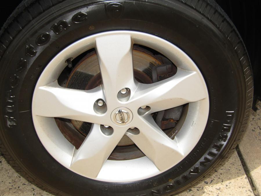 2011 MY10 Nissan DUALIS Hatchback Image 11