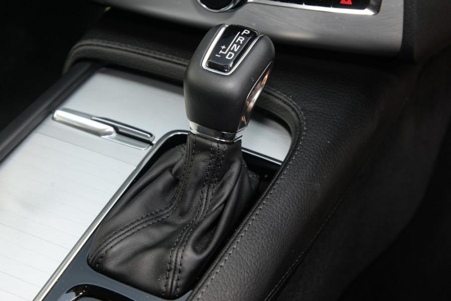 2018 MY19 Volvo XC90 L Series T6 Momentum Suv Image 13