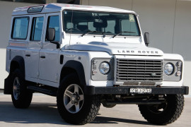 Land Rover Defender 110 12MY