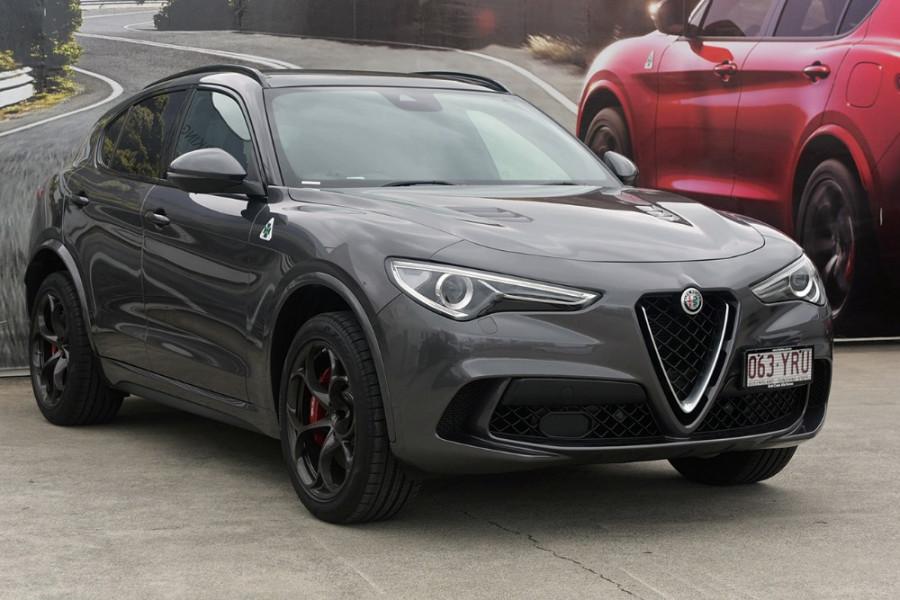 2018 MY19 Alfa Romeo Stelvio Quadrifoglio Quadrifoglio Wagon Mobile Image 1