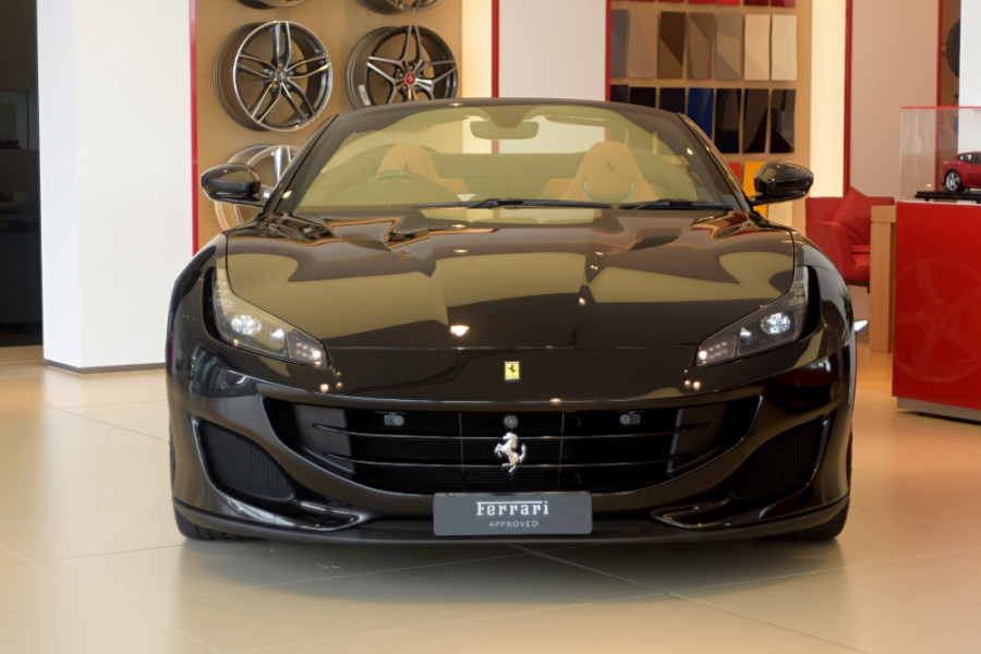 2018 Ferrari Portofino Convertible Mobile Image 7