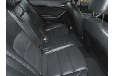 2016 Kia Cerato YD MY17 SLi Hatchback Image 5