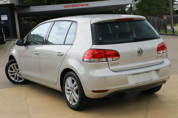 2010 Volkswagen Golf VI MY10 103TDI DSG Comfortline Hatchback