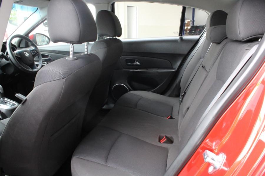 2014 Holden Cruze Vehicle Description. JH  II MY14 EQUIPE HBK 5DR SA 6SP 1.8I Equipe Hatchback