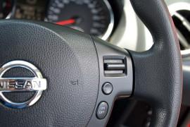 2011 Nissan DUALIS J10 SERIES II MY2010 ST Hatchback image 10