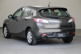 2009 Mazda 3 BL10F1 Neo Hatchback Image 3