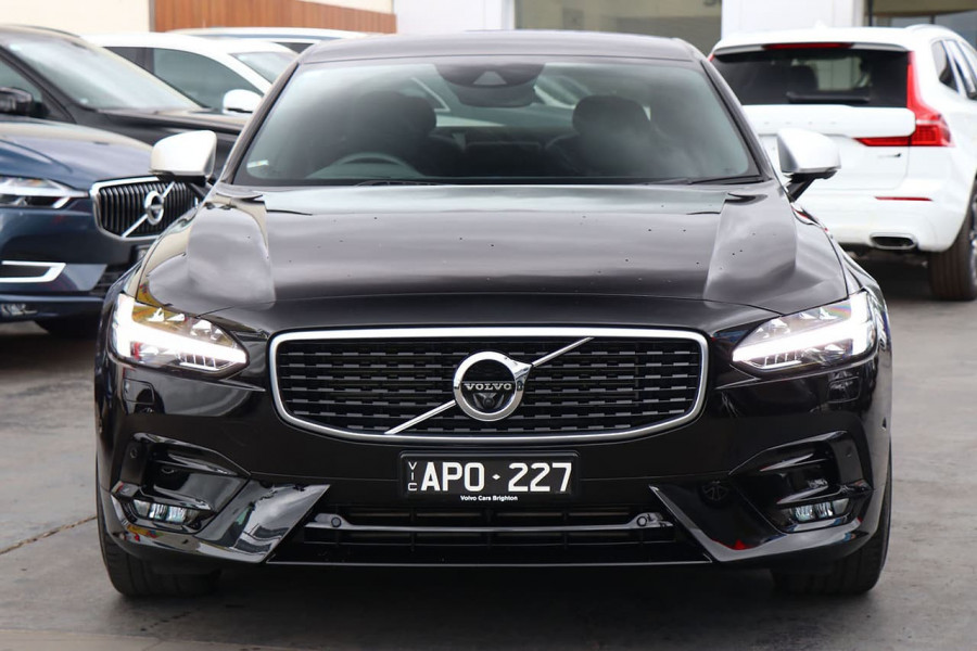 2017 Volvo S90 P Series  T6 R-Design Sedan