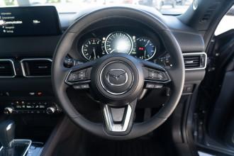 2021 Mazda CX-5 KF Series Akera Suv image 11