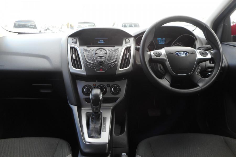 2012 Ford Focus LW  II AMBIENTE Hatchback Image 14