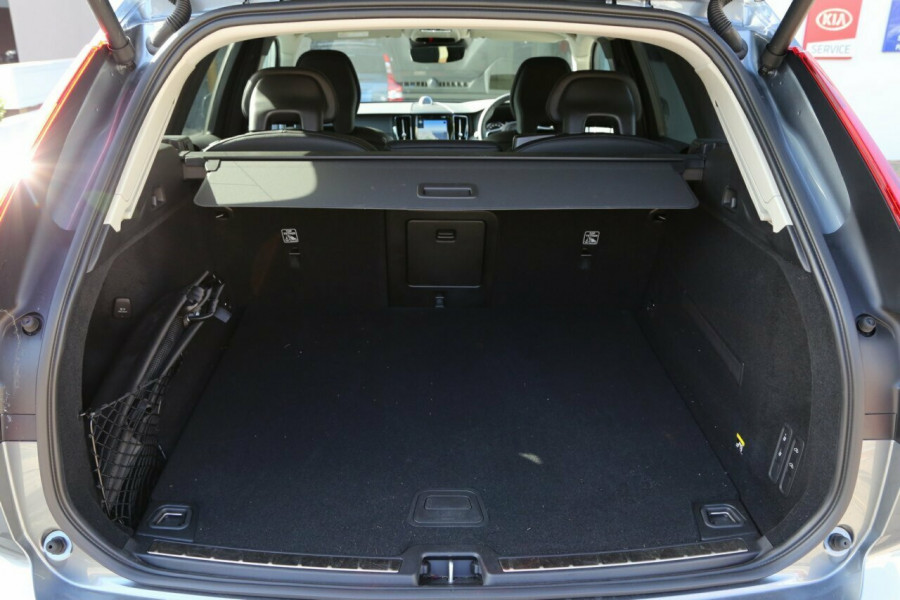 2018 MY19 Volvo XC60 UZ T5 Inscription (AWD) Suv Mobile Image 19