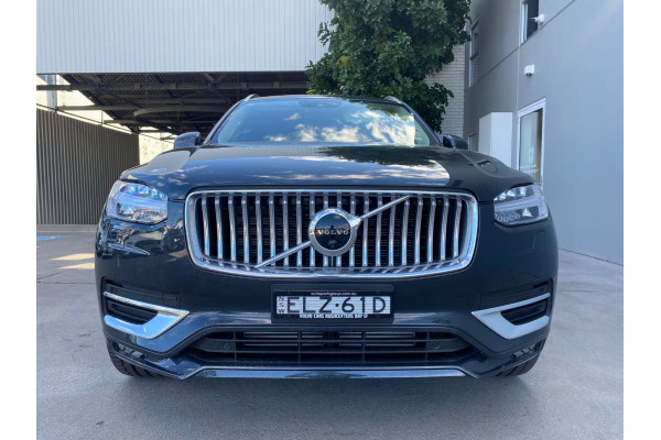 2021 Volvo XC90 T6 In Suv Image 3