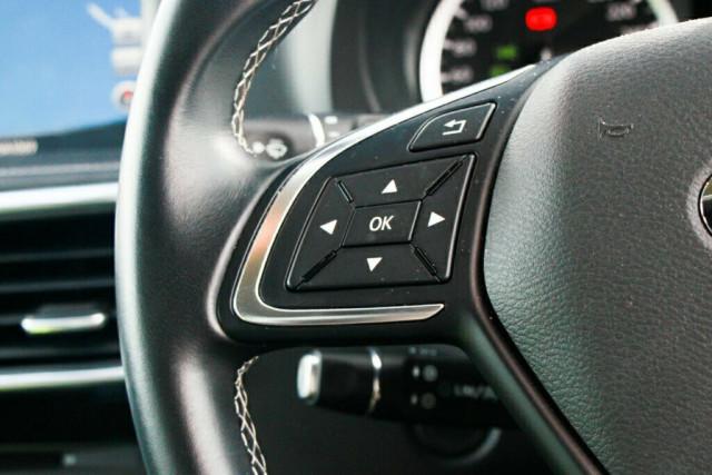 2016 Infiniti QX30 H15 GT D-CT AWD Suv Image 19