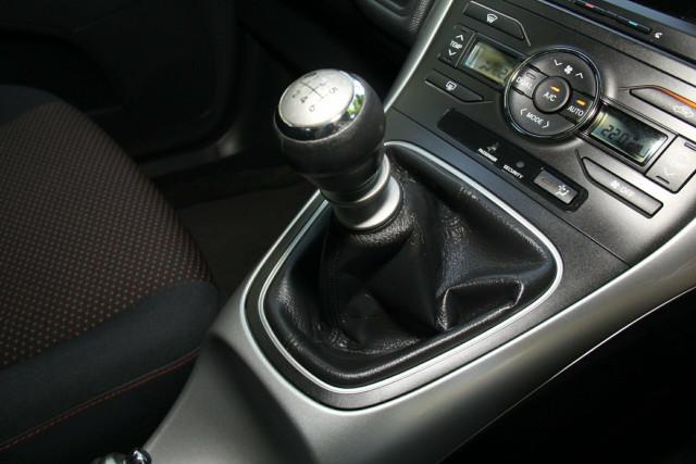2010 Toyota Corolla ZRE152R MY10 Levin ZR Hatchback