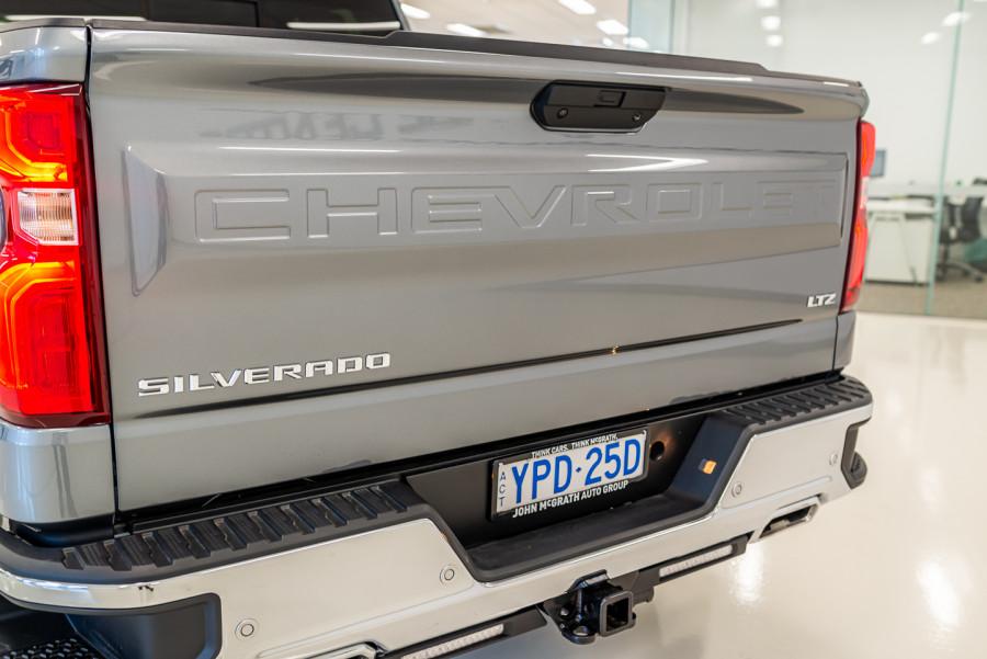 2021 Chevrolet Silverado T1 1500 LTZ Ute Image 13