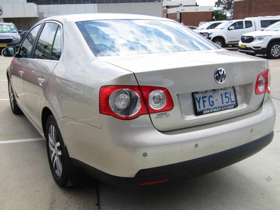 2007 Volkswagen Jetta 1KM  TDI Sedan Image 7
