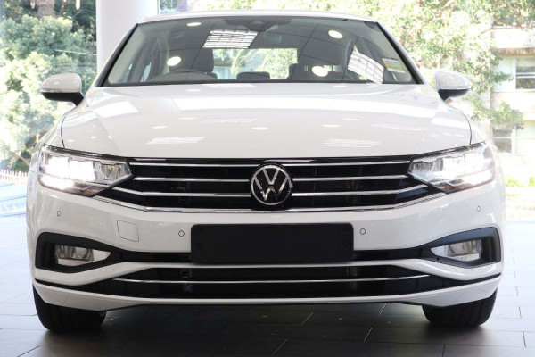 2021 Volkswagen Passat B8 140 TSI Business Sedan Image 5