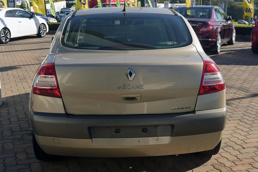 2006 Renault Megane II L84 Expression Sedan Mobile Image 7