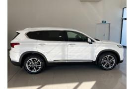 2018 MY19 Hyundai Santa Fe TM MY19 Highlander Suv Image 2