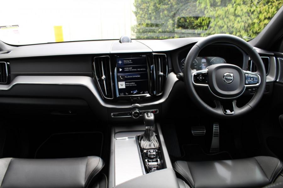 2019 MY20 Volvo XC60 UZ T6 R-Design Suv Image 9