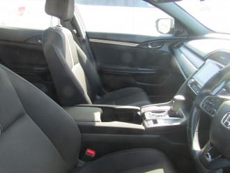 2017 Honda Civic 10TH GEN MY17 VTI-S Hatchback Image 5