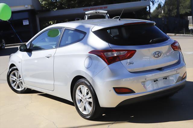 2013 Hyundai I30 GD SE Hatchback Image 3