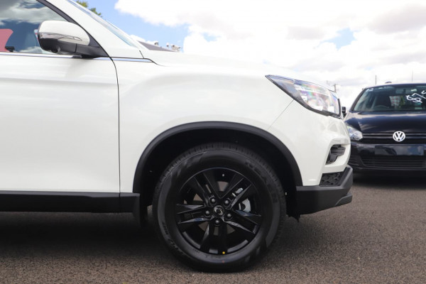 2021 MY20.5 SsangYong Musso Q200 Ultimate Utility Image 4