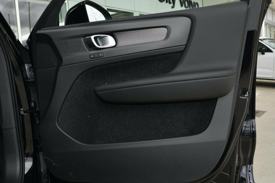 2019 MY20 Volvo XC40 XZ T5 R-Design Suv Mobile Image 6
