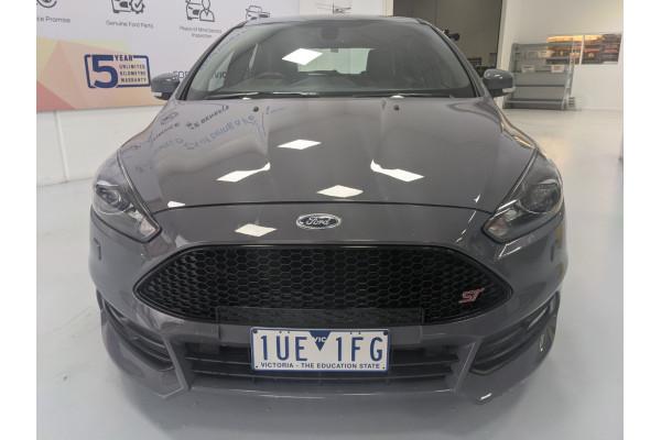 2015 Ford Focus LZ ST Hatchback Image 3