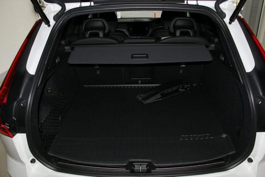 2018 Volvo XC60 UZ D5 R-Design Suv Mobile Image 20