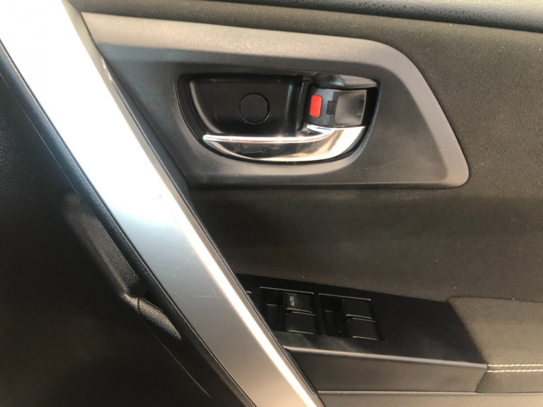 2013 Toyota Corolla ZRE152R Ascent Sport Sedan Image 9