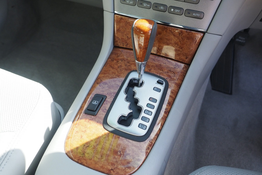2005 Lexus Es MCV30R MY05 ES300 Sedan Image 12