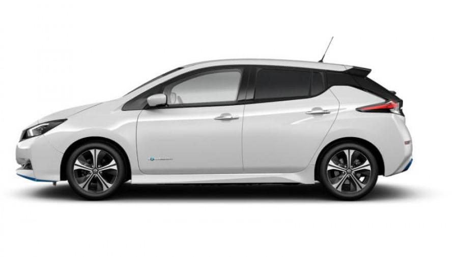 2021 Nissan LEAF ZE1 E Plus Hatchback Image 31